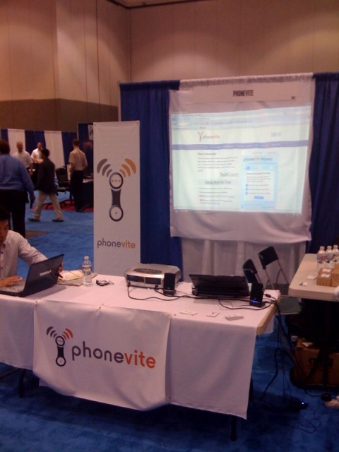 Phonevite Booth at ITEXPO